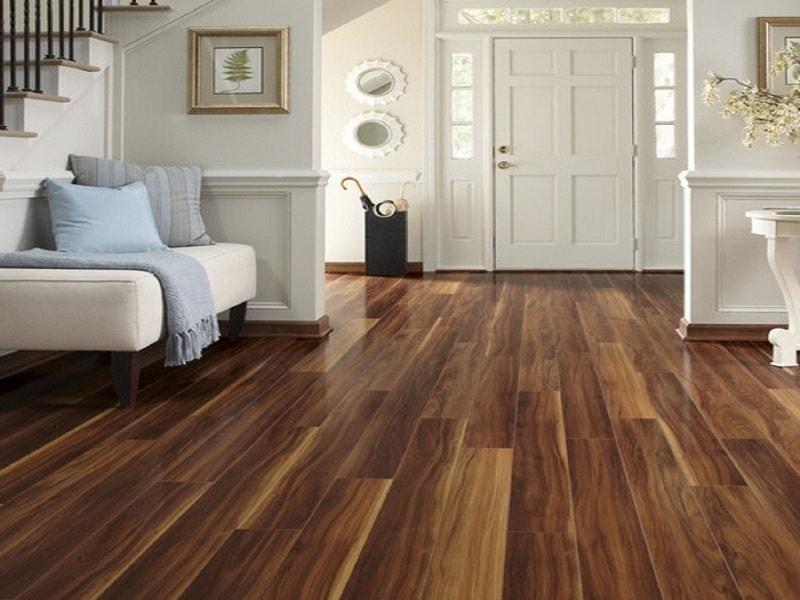 có nên lát sàn gỗ công nghiệp