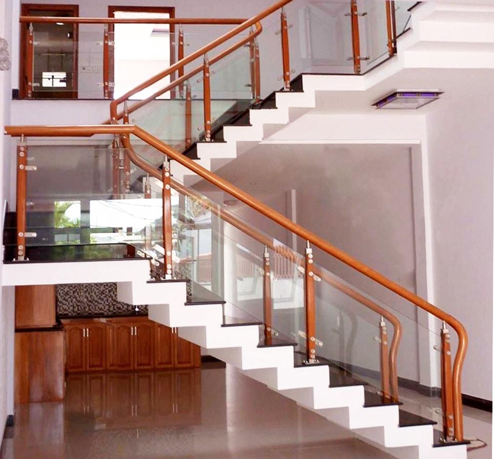 mẫu lan can cầu thang gỗ hiện đại