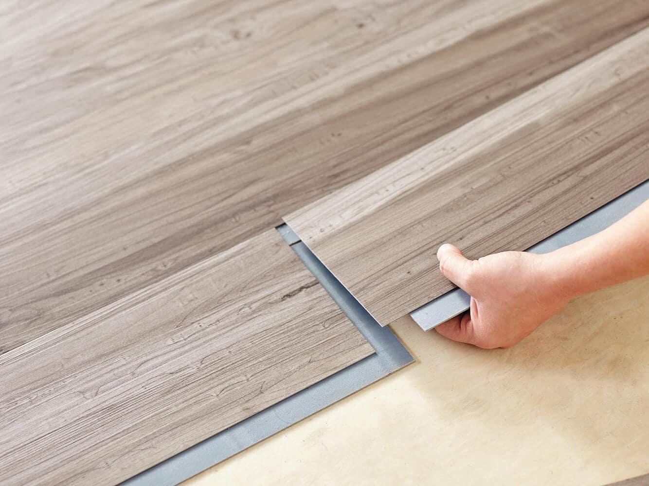 sàn nhựa giả gỗ giá rẻ hà nội